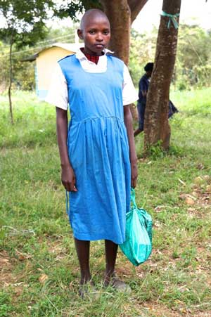 as picture of Kawila in her school uniform
